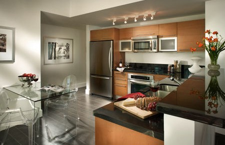 Viscayne - 4708 Kitchen