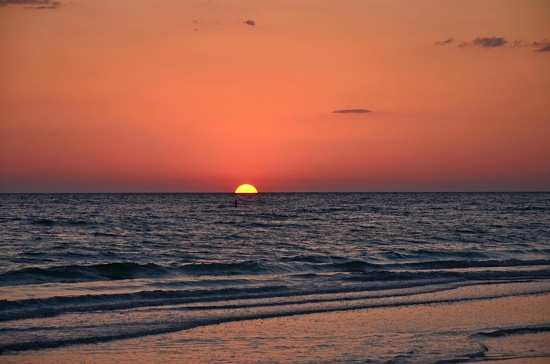 Sunset at St. Petersburg Beach (photo by Susan Greene)