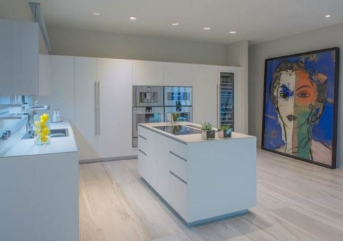 The condos will have Italian kitchenswith top-of-line Gaggenau stainless steel appliances.