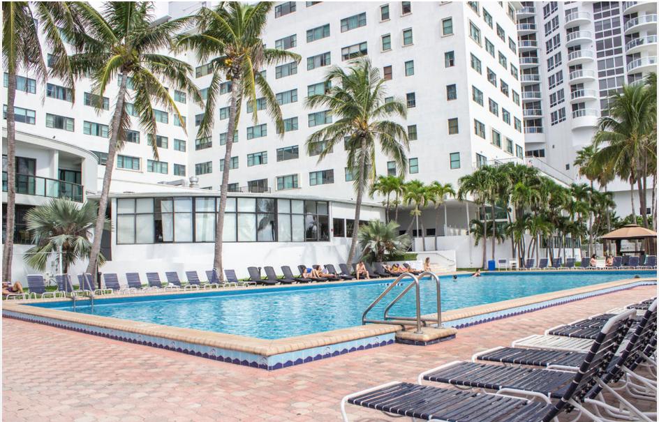 casablanca sultan suites miami beach fractional from 39 900. Black Bedroom Furniture Sets. Home Design Ideas